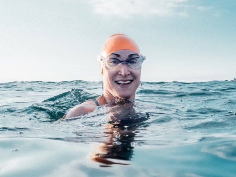 Dee Newell's Virtual Galway Bay swim Fundraising Page